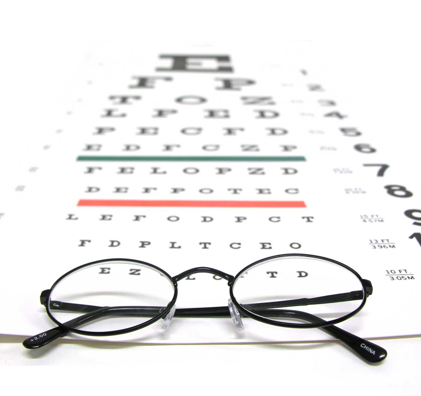 Photo Medical an eye test vision chart SS752553 color HiRes