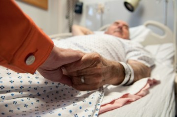 Improving end-of-life care for patients with advanced cancer